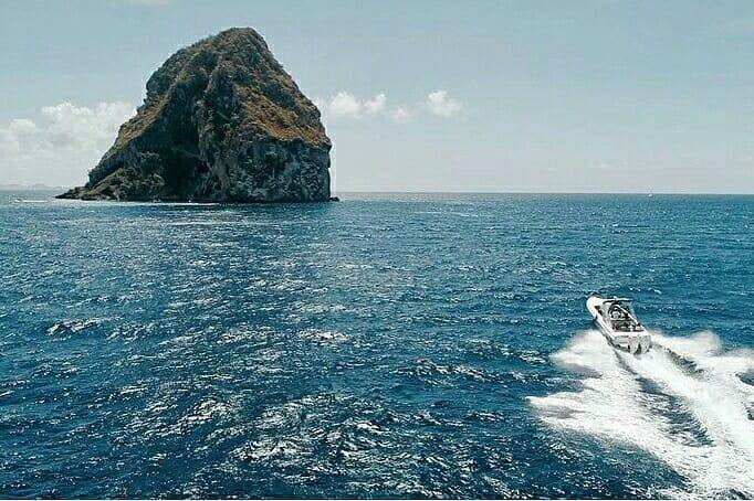 Excursion en bateau au rocher du Diamant - tournée des anses